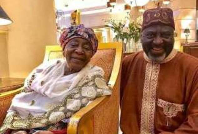 Emir of Kano loses mother